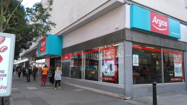 Argos to close Broad Street Mall store