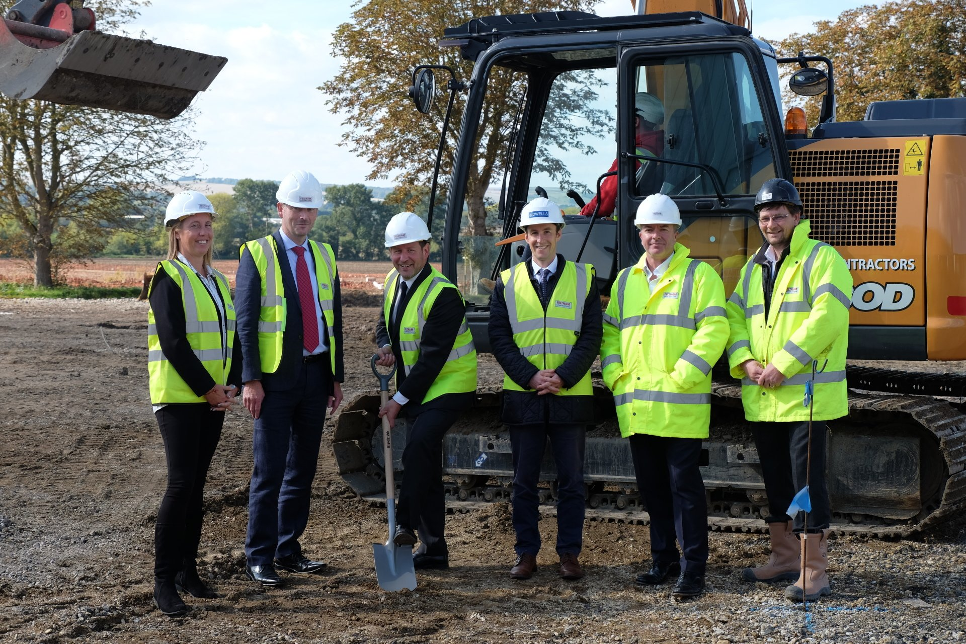 Ed Vaizey MP launches 36,000 sq ft scheme at Grove Business Park