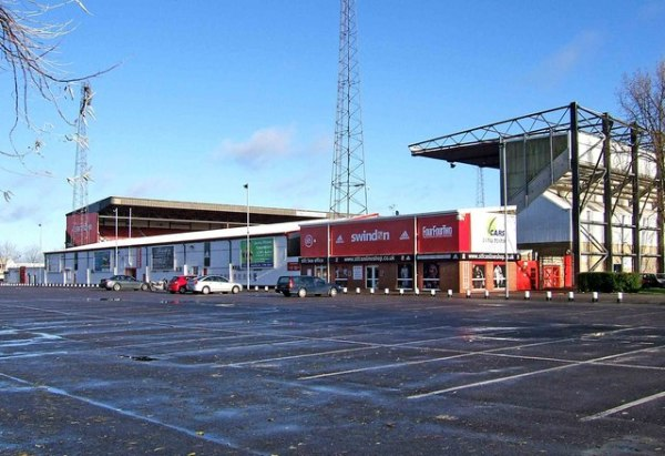 Council sells stadium to Swindon Town and its fans